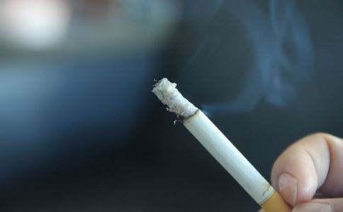 吸烟与二手烟的危害